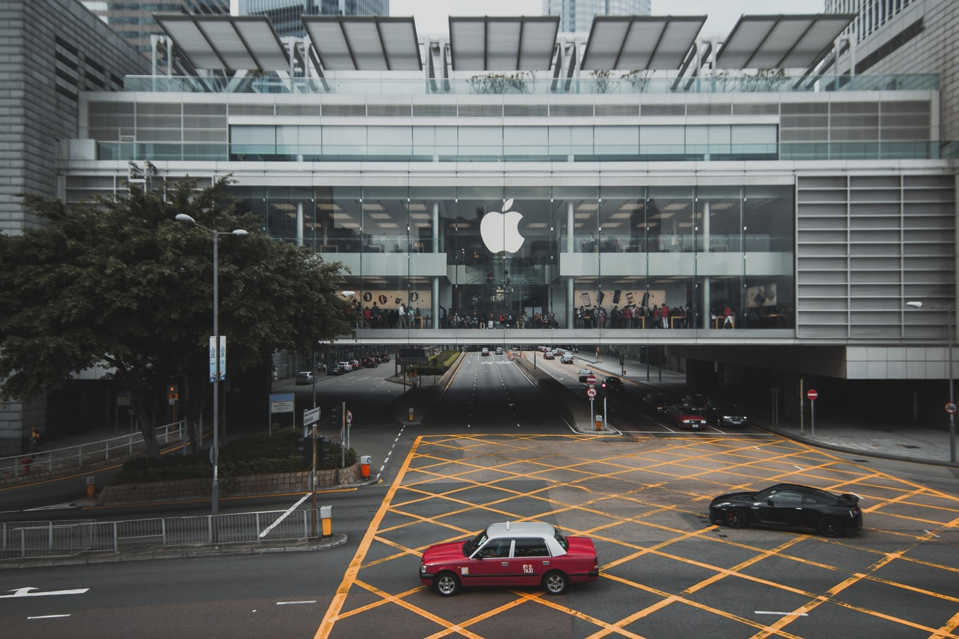 Apple to Challenge Big Names in Fitness 21